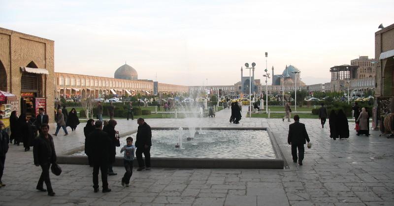Główny plac w Esfahan, ponoć drugi co do wielkości na świecie po Tienanmen