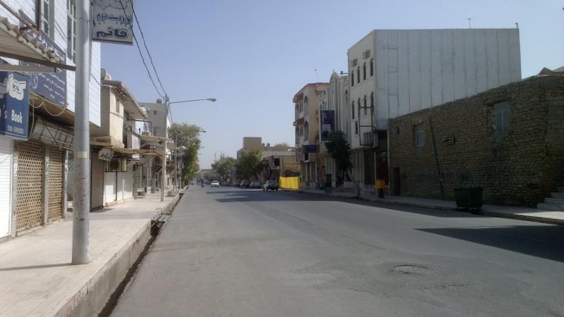 Główna ulica w Bushehr, jest piątek więc dzień wolny